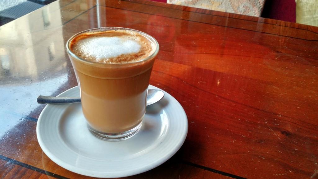 cafe cortado cafe colonial zaragoza spain españa coffee espresso
